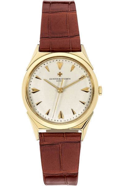 Round Circa 1950's Yellow Gold Manual